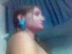 Muito sexy prostituta paquistanês hira exposto pelo seu cliente.